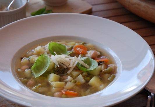 teplá polévka